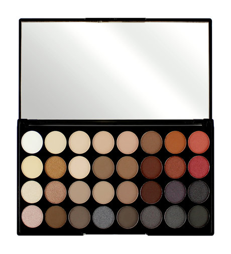 Revolution Makeup 32 Ultra Eyeshadows Flawless 2